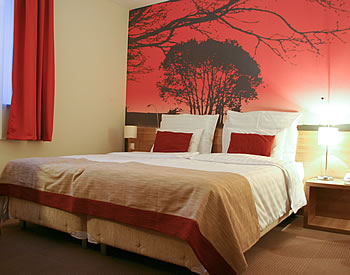Picture of bedroom.